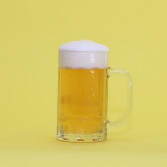 ビールと混ぜれば【レモンビール】 フルーティーで飲みやすいっカクテル!