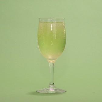 白ワインで作る【ライムスプリッツアー】 ハイサワーライムと割るだけ簡単